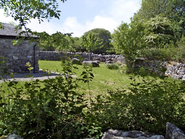Holiday Cottage Reviews for Rockfield House - Holiday Cottage in Oughterard, Galway