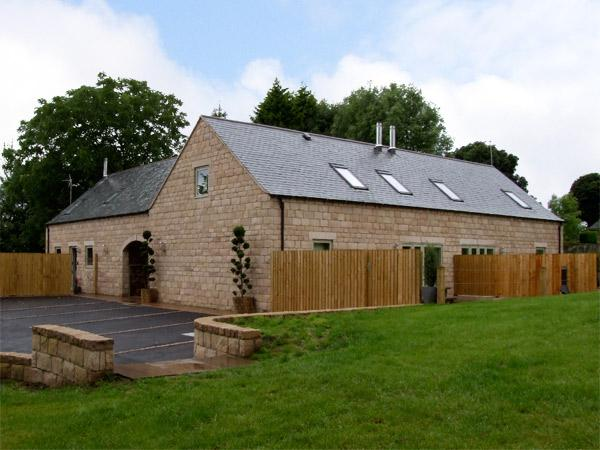 Holiday Cottage Reviews for Heythrop - Self Catering in Farley, Staffordshire