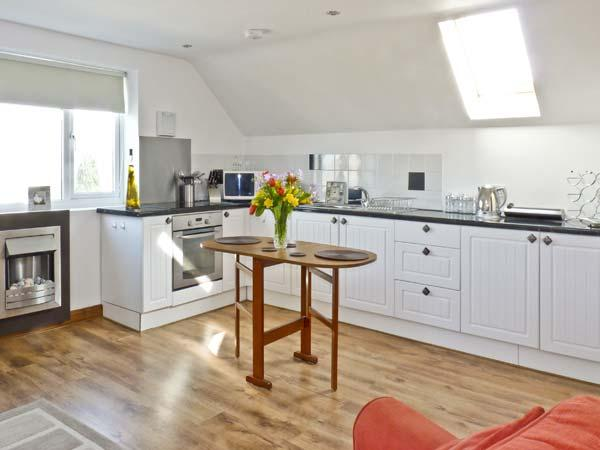 Holiday Cottage Reviews for Sunnyvale - Holiday Cottage in St Austell, Cornwall inc Scilly