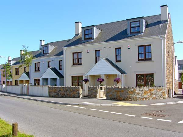 Holiday Cottage Reviews for Sandy Harbour - Self Catering in Burry Port, Carmarthenshire