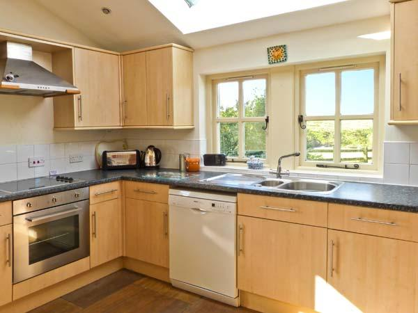 Holiday Cottage Reviews for Ty Capel - Cottage Holiday in Llanberis, Gwynedd