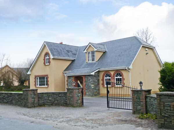 Holiday Cottage Reviews for Fernwood - Cottage Holiday in Killarney, Kerry