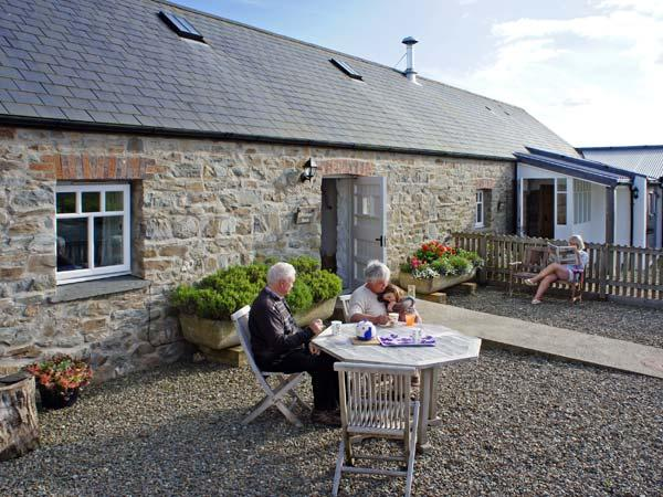 Holiday Cottage Reviews for Bwthyn Bach - Self Catering Property in Newport, Pembrokeshire