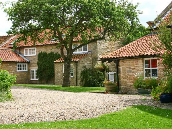 Holiday Cottage Reviews for Lilac Cottage - Self Catering Property in Ebberston, North Yorkshire