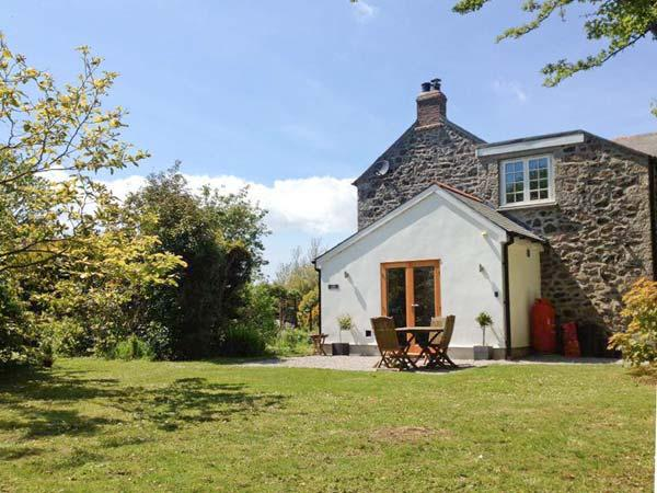 Holiday Cottage Reviews for The Dairy - Self Catering in Coverack, Cornwall inc Scilly