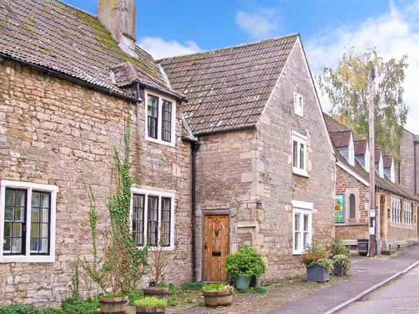 Holiday Cottage Reviews for Monks Cottage - Cottage Holiday in Frome, Somerset