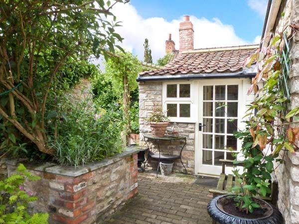 Holiday Cottage Reviews for Coronation Cottage - Self Catering in Helmsley, North Yorkshire