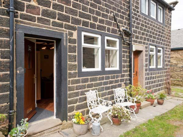 Holiday Cottage Reviews for The Snug - Self Catering in Haworth, West Yorkshire