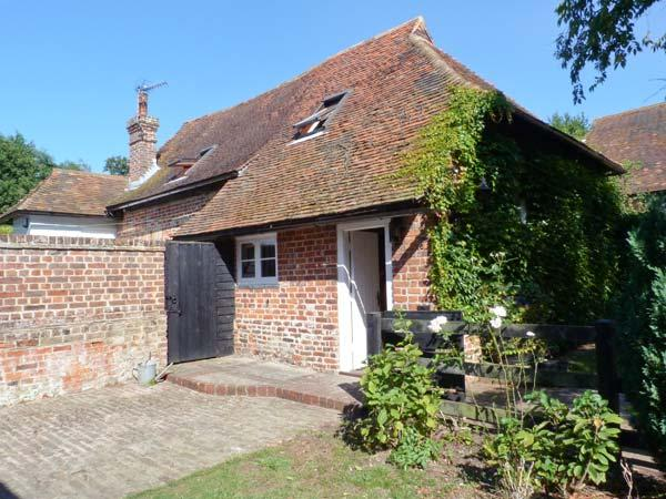 Holiday Cottage Reviews for Brew Cottage - Self Catering in Herne Bay, Kent