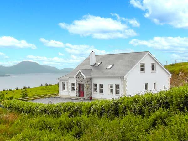 Holiday Cottage Reviews for West Town - Cottage Holiday in Malin Head, Donegal