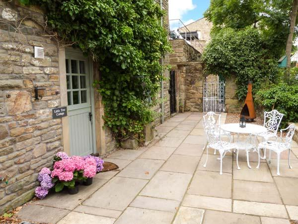 Holiday Cottage Reviews for Little Tree Cottage - Holiday Cottage in Addingham, West Yorkshire