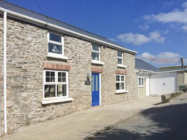 Holiday Cottage Reviews for Hillbrook House - Cottage Holiday in Haverfordwest, Pembrokeshire