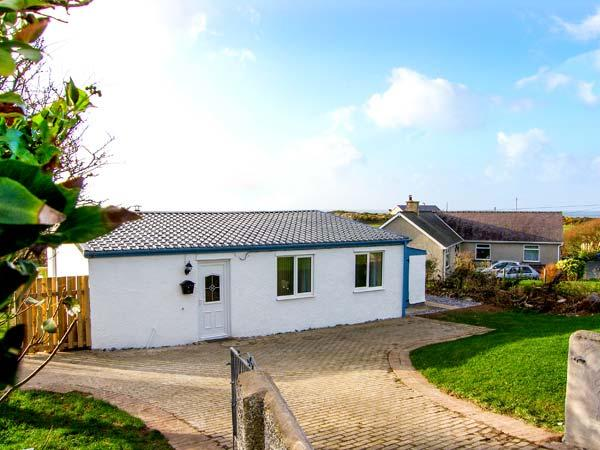 Holiday Cottage Reviews for Harbour Lights - Self Catering Property in Church Bay, Isle of Anglesey