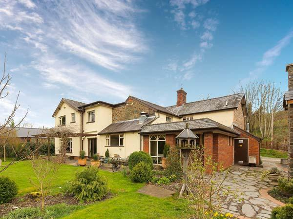 Holiday Cottage Reviews for Riversfield Stud Lodge - Holiday Cottage in Kilmallock, Limerick