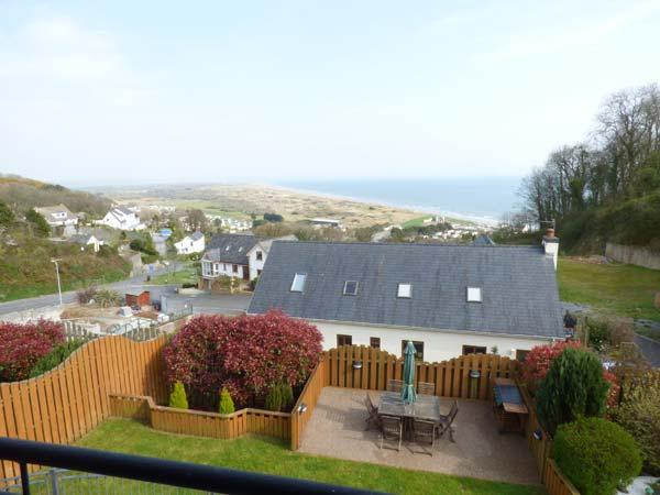 Holiday Cottage Reviews for Ysbryd-y-Mor - Holiday Cottage in Pendine, Carmarthenshire