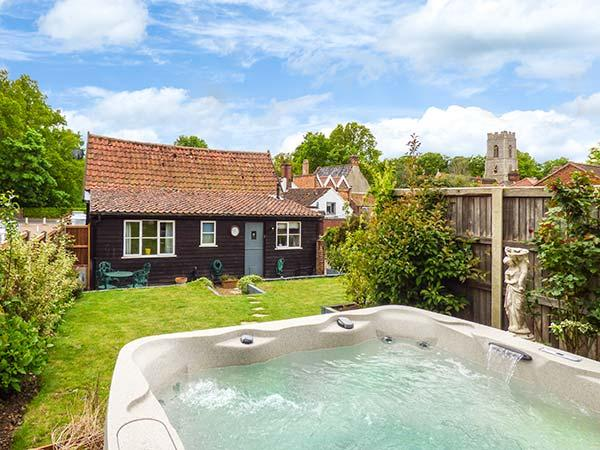 Holiday Cottage Reviews for The Barn - Self Catering in Coltishall, Norfolk