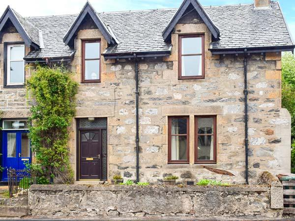 Holiday Cottage Reviews for Hillside East - Holiday Cottage in Kingussie, Highlands