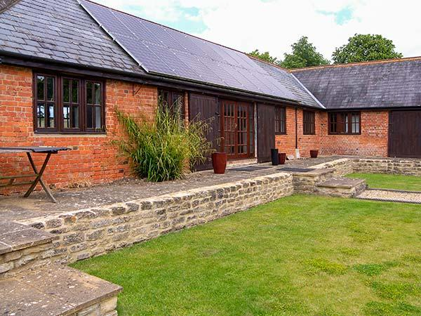 Holiday Cottage Reviews for Rowdecroft Farm Byre - Holiday Cottage in Melksham, Wiltshire