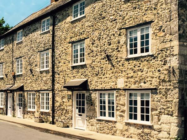 Holiday Cottage Reviews for Craft Cottage - Cottage Holiday in Beer, Devon