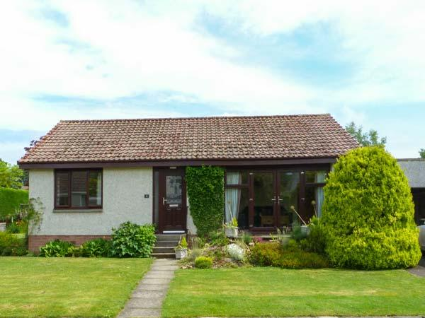Holiday Cottage Reviews for Isla Cottage - Holiday Cottage in Blairgowrie, Perth and Kinross