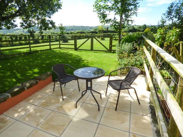 Holiday Cottage Reviews for Distyll - Self Catering Property in Ruthin, Denbighshire