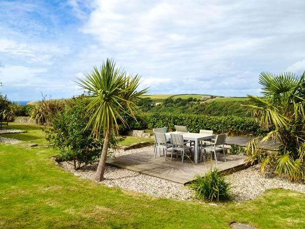 Holiday Cottage Reviews for Nans-Tek - Holiday Cottage in Crackington Haven, Cornwall inc Scilly