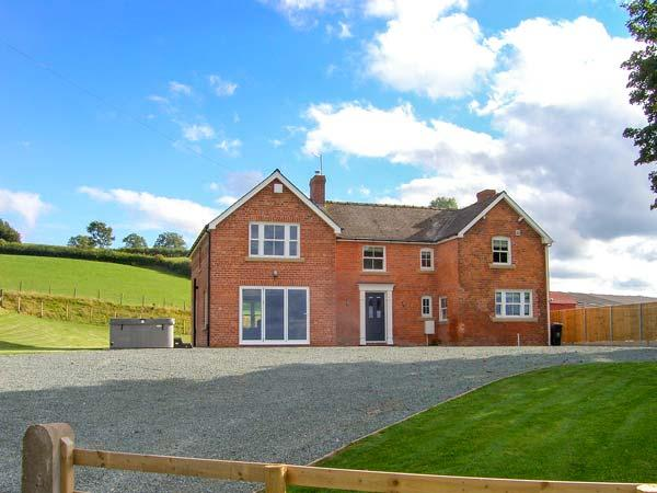 Holiday Cottage Reviews for Red House Farm - Cottage Holiday in Welshpool, Powys