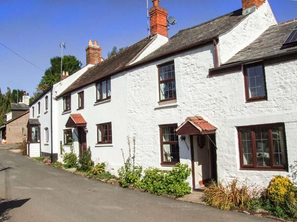 Holiday Cottage Reviews for Bronte Kingfisher Cottage - Self Catering Property in Lea, Herefordshire