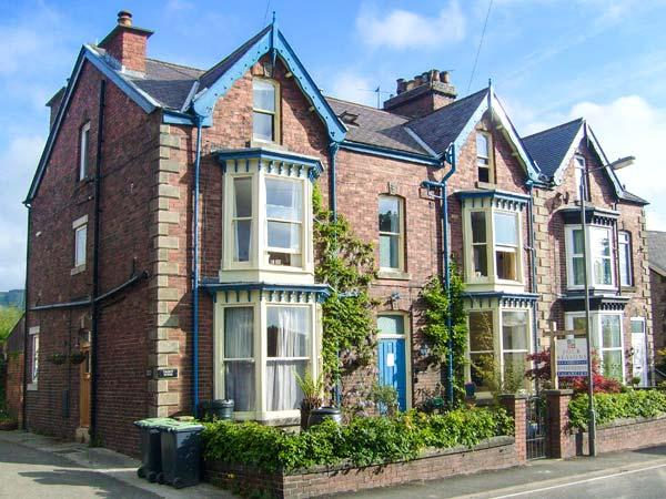 Holiday Cottage Reviews for Talbot House - Cottage Holiday in Castleton, Derbyshire
