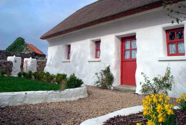 Holiday Cottage Reviews for Spiddal Thatch Cottage - Self Catering Property in Spiddal, Galway