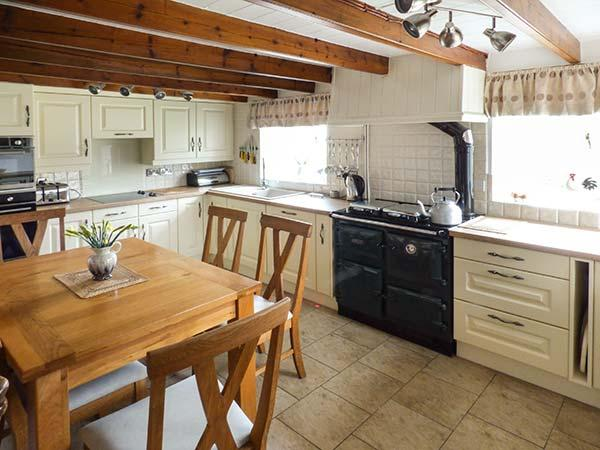 Holiday Cottage Reviews for The Round House - Self Catering Property in Tintagel, Cornwall inc Scilly