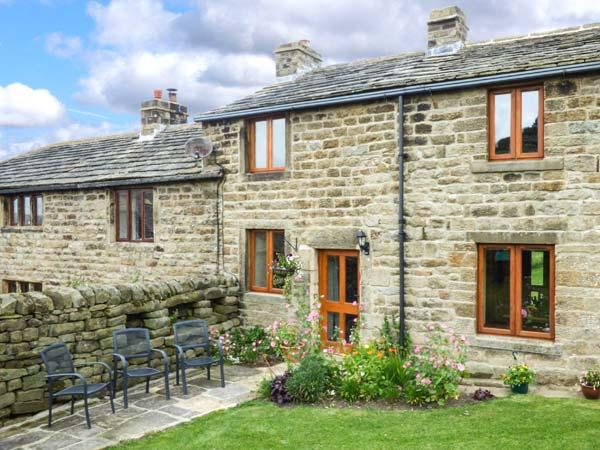 Holiday Cottage Reviews for Curlew Cottage - Cottage Holiday in Bradford, West Yorkshire