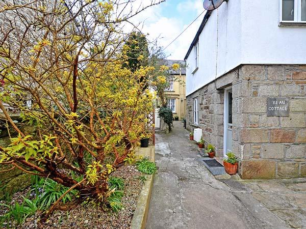 Holiday Cottage Reviews for Beau Cottage - Cottage Holiday in St Columb Major, Cornwall inc Scilly