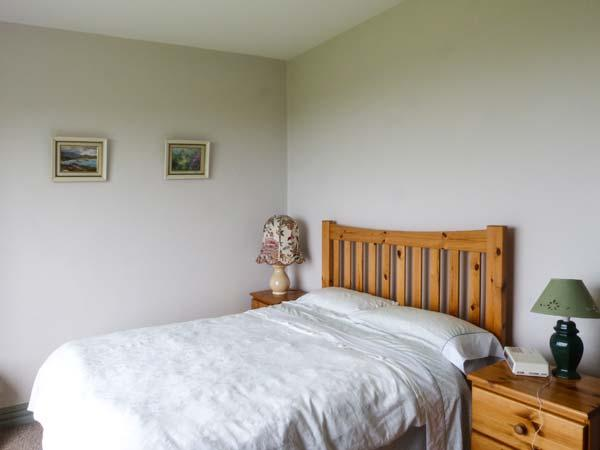 Holiday Cottage Reviews for Warbrook - Self Catering in Bradworthy, Devon