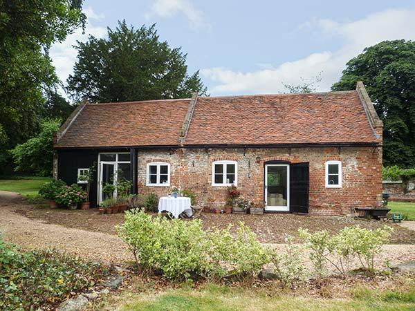 Holiday Cottage Reviews for The Stables - Holiday Cottage in Rochester, Kent