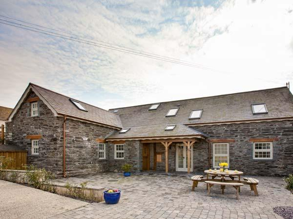 Holiday Cottage Reviews for Ysgubor Uchaf - Holiday Cottage in Newcastle Emlyn, Ceredigion
