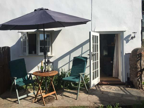 Holiday Cottage Reviews for The Garden Room - Holiday Cottage in Washford, Somerset