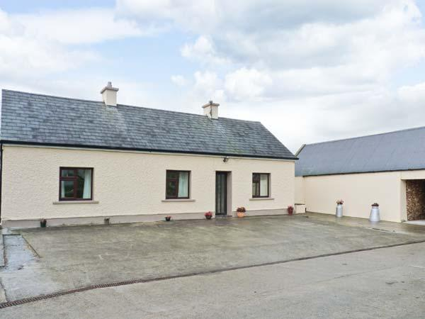 Holiday Cottage Reviews for Peg's Cottage - Cottage Holiday in Glin, Limerick