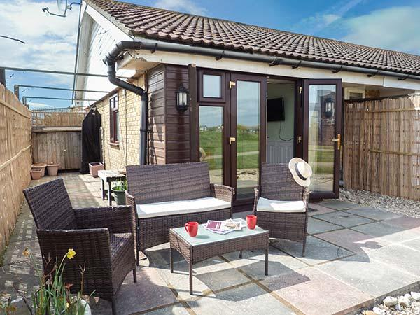 Holiday Cottage Reviews for 45H Medmerry Park Holiday Park - Cottage Holiday in Earnley , West Sussex
