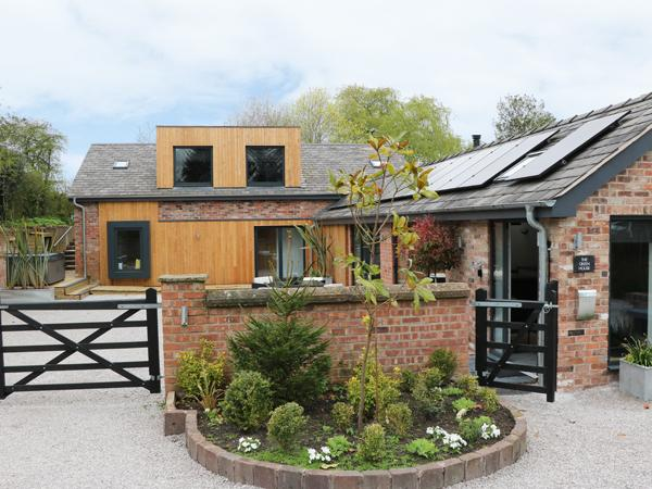 Holiday Cottage Reviews for The Green House - Holiday Cottage in Sandiway, Cheshire