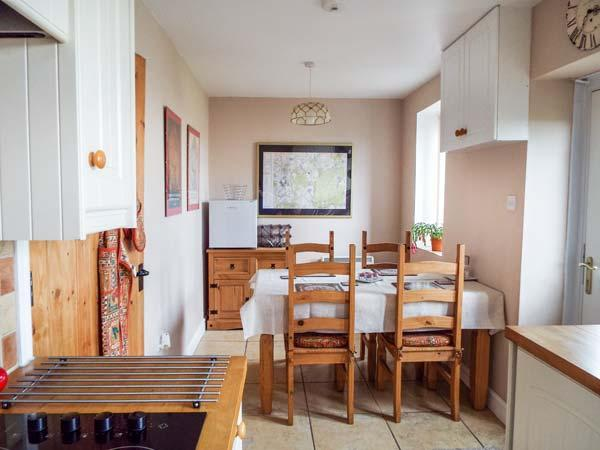 Holiday Cottage Reviews for Old Sorting Office - Holiday Cottage in Bretton, Flintshire