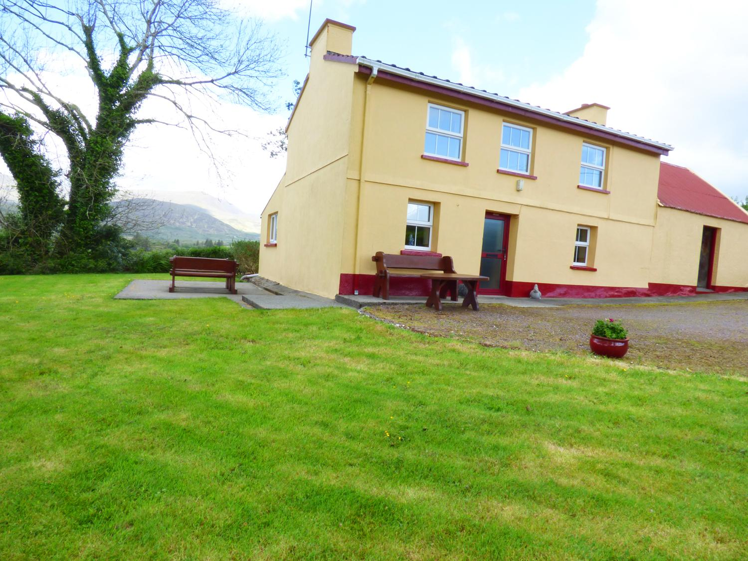 Holiday Cottage Reviews for Ceol Na N'ean - Self Catering Property in Sneem, Kerry