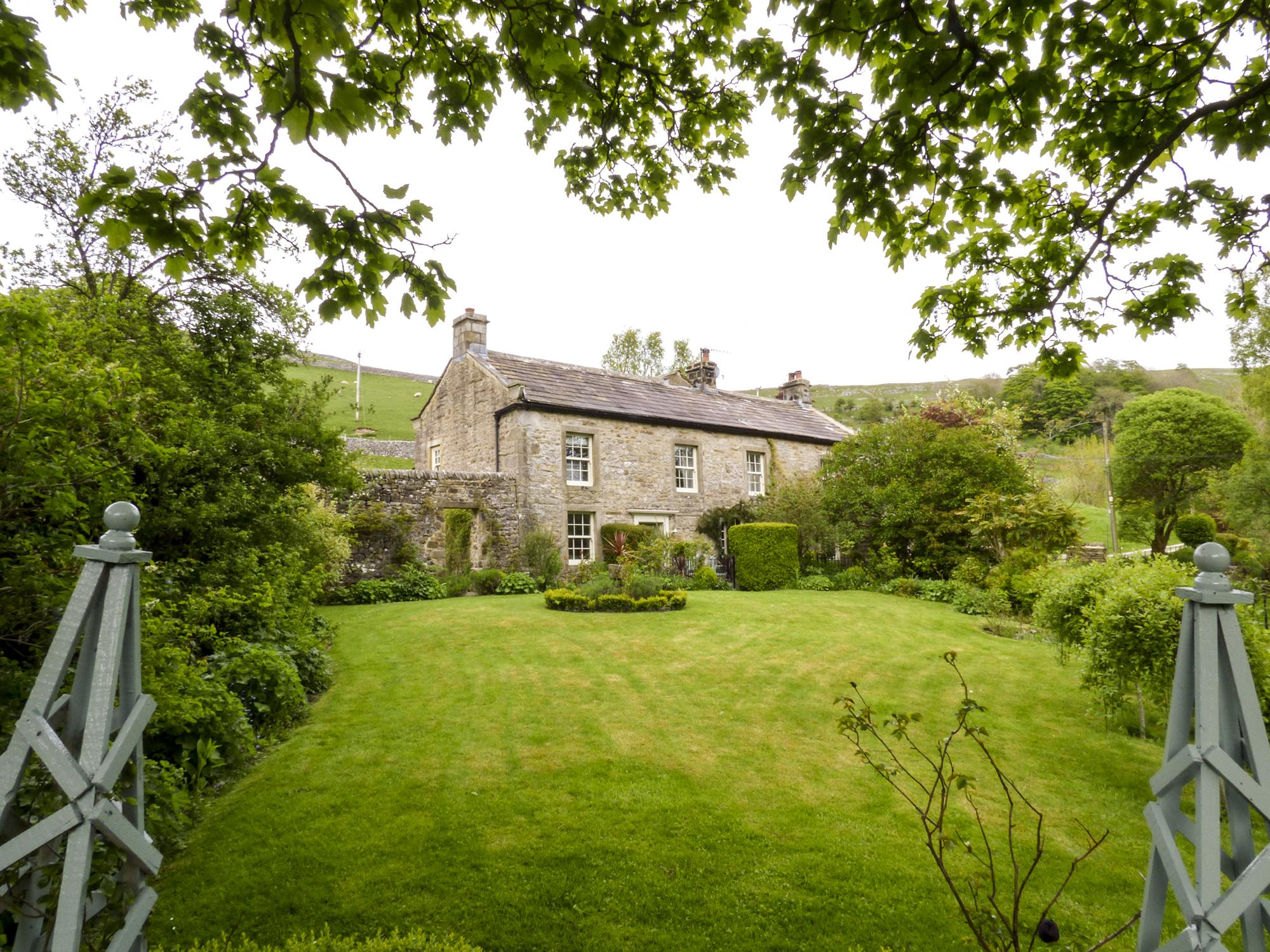 Holiday Cottage Reviews for Hilltop House - Self Catering in Starbotton, North Yorkshire