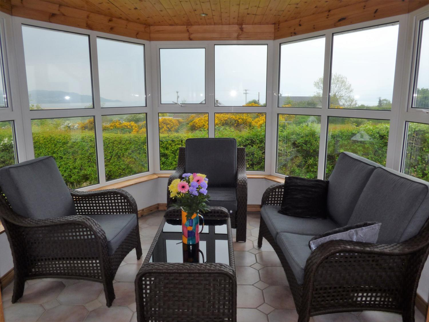 Holiday Cottage Reviews for Tegfan - Holiday Cottage in Trearddur Bay, Isle of Anglesey
