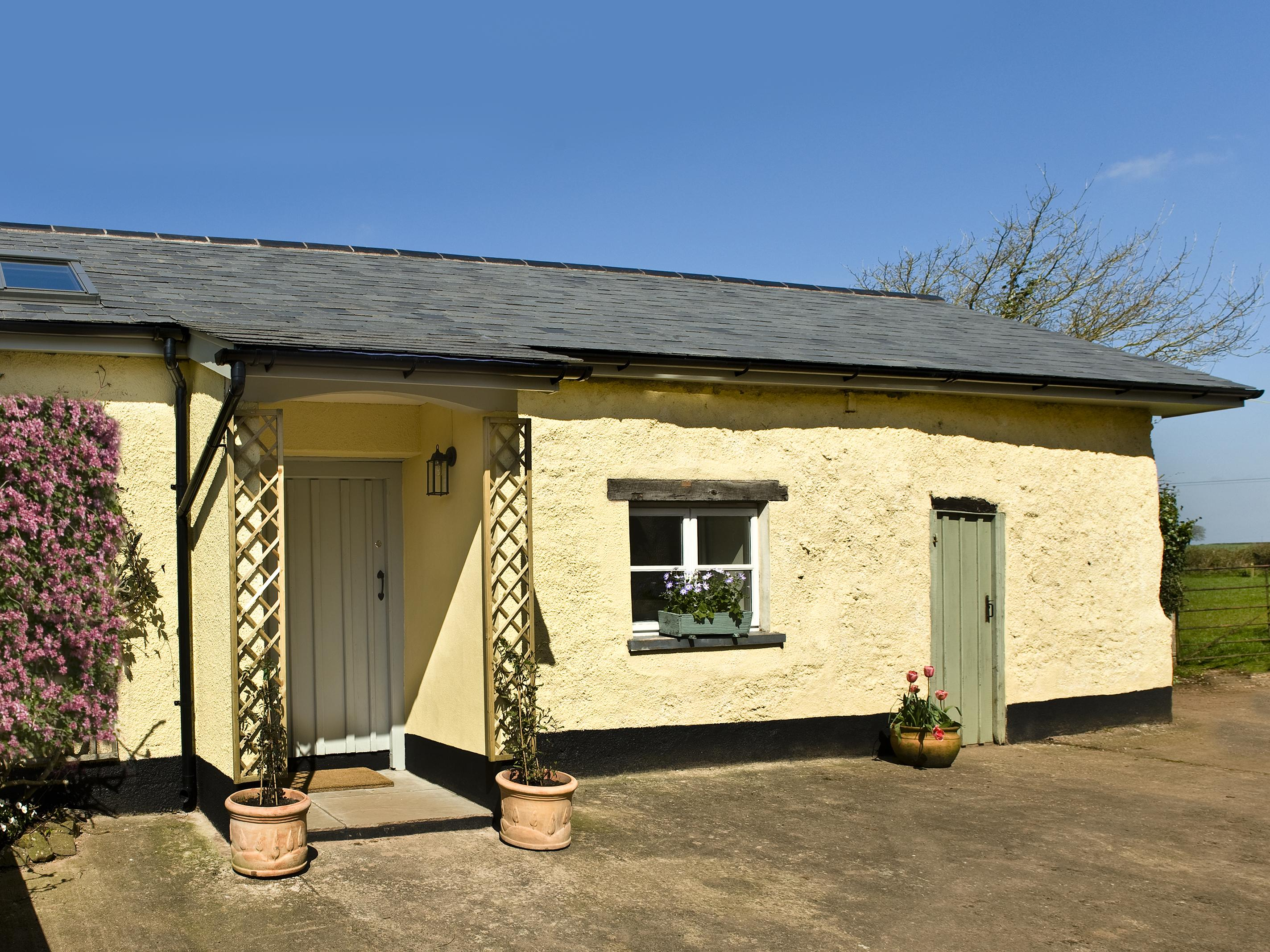 Holiday Cottage Reviews for Little Barn - Holiday Cottage in Crediton, Devon