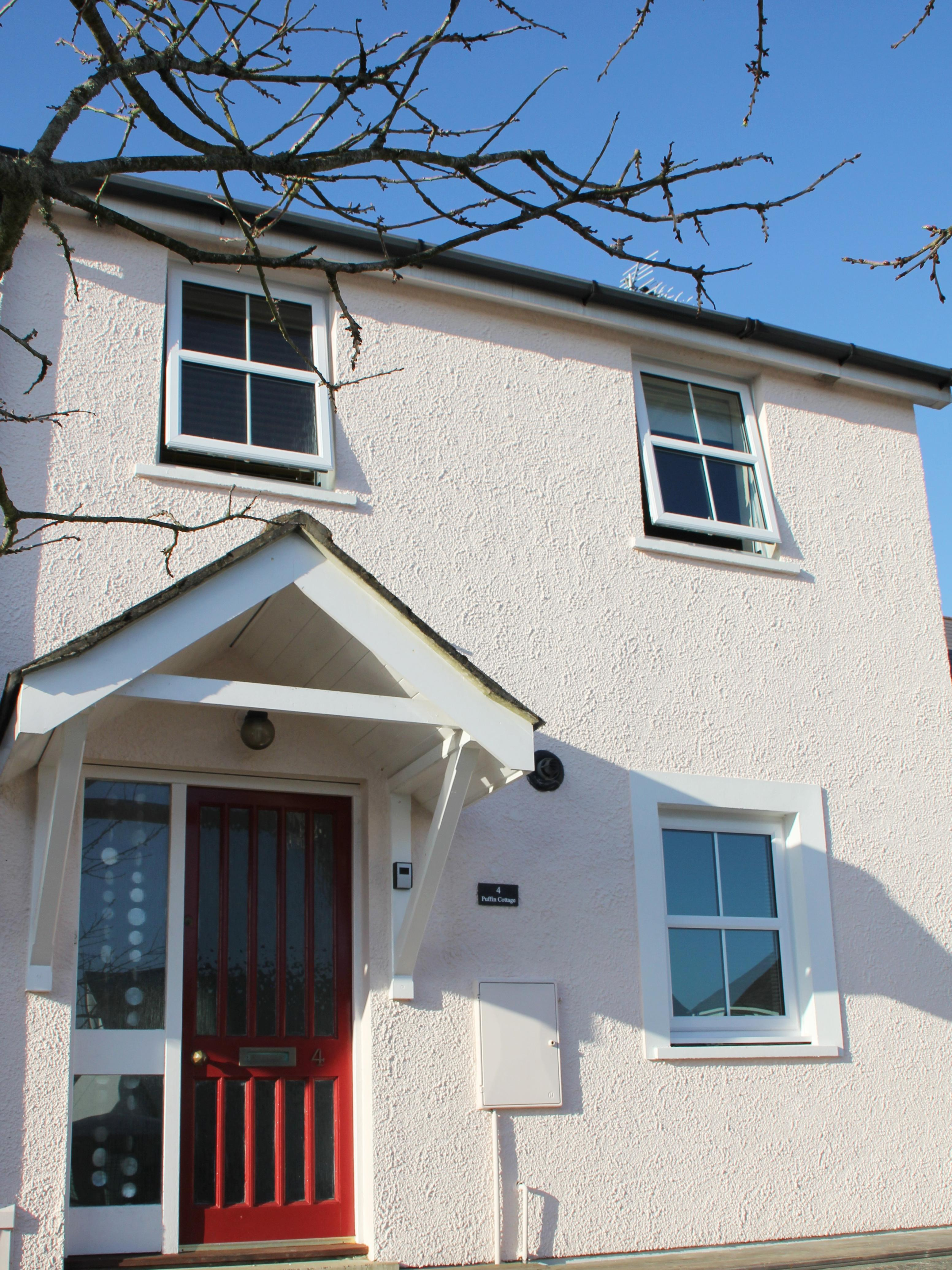 Holiday Cottage Reviews for Puffin Cottage - Cottage Holiday in Saundersfoot, Pembrokeshire