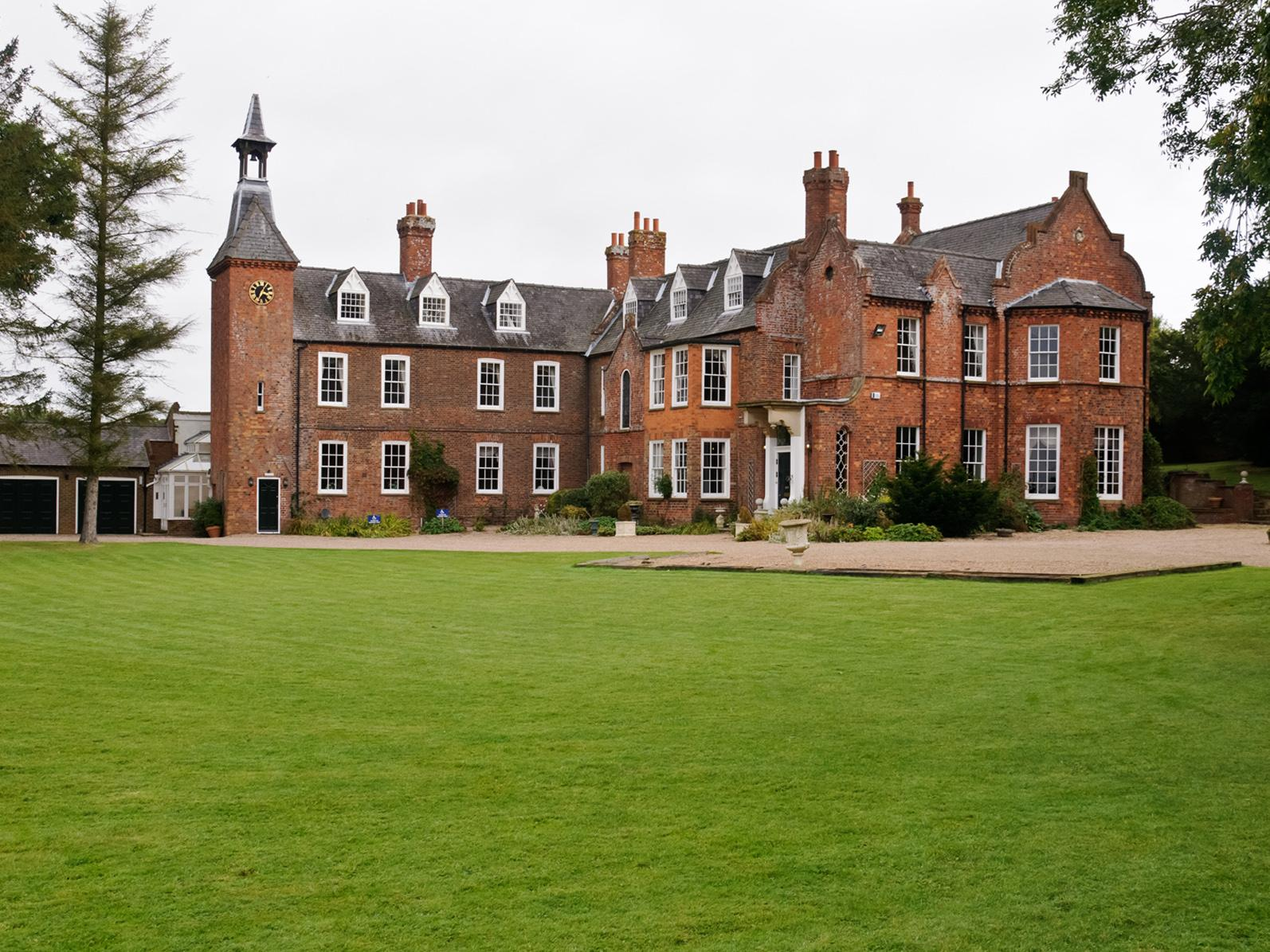 Skendleby Hall