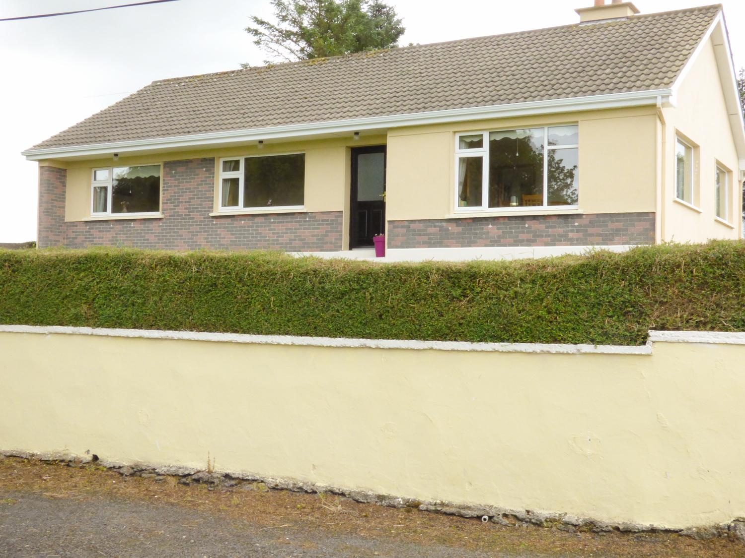 Holiday Cottage Reviews for Bay View House - Holiday Cottage in Killala, Mayo