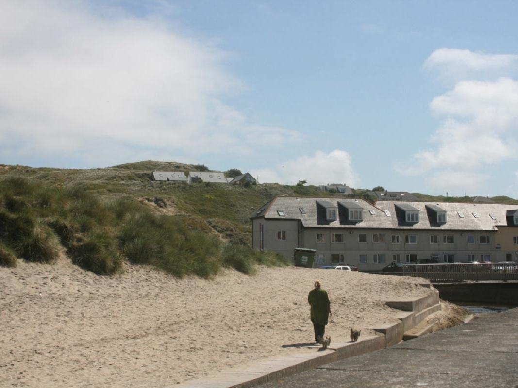 Holiday Cottage Reviews for Sand Dunes - Holiday Cottage in Perranporth, Cornwall inc Scilly