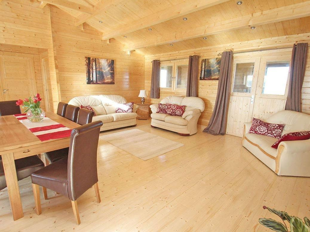 Chywolow Lodge